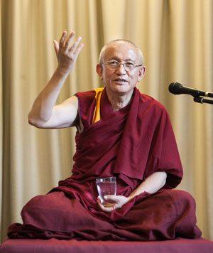 Gonsar-Rinpoche-poza