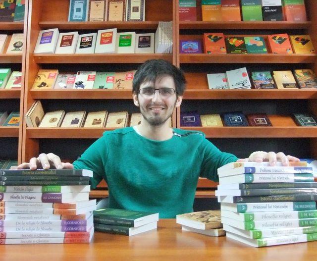 Foto: Cred în puterea cărţilor de a transforma pozitiv orice fiinţă :)
