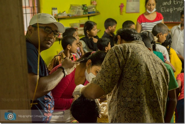 Dental_Checkup_at_Chimbel_by_Dr_Fernando_Noronha_and_teamMobile_Outreach_Program_Bookworm_Kannio_Initiatives-Nijugrapher-DSC_7043