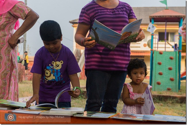 Aldona_Reading_in_the_Park_Bookworm-Goa-Nijugrapher-images-by-Niju_Mohan-11-untitled-DSC_7728