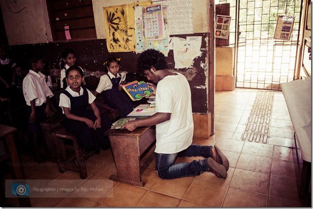 Nijugrapher-Bookworm_Trust-Kudchire_School - 1 - DSC_1281