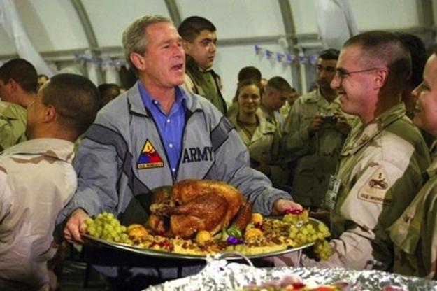Serve meat dinner