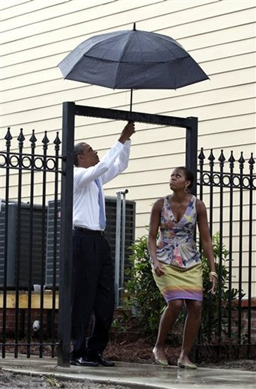 Obama's umbrella problems