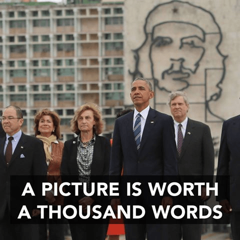 Obama in front of Che