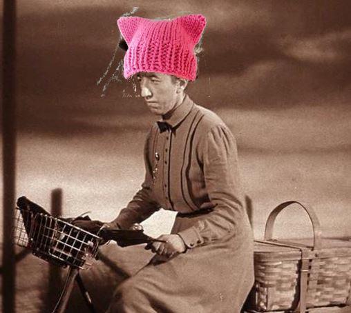 margaret-hamilton-in-pussy-hat