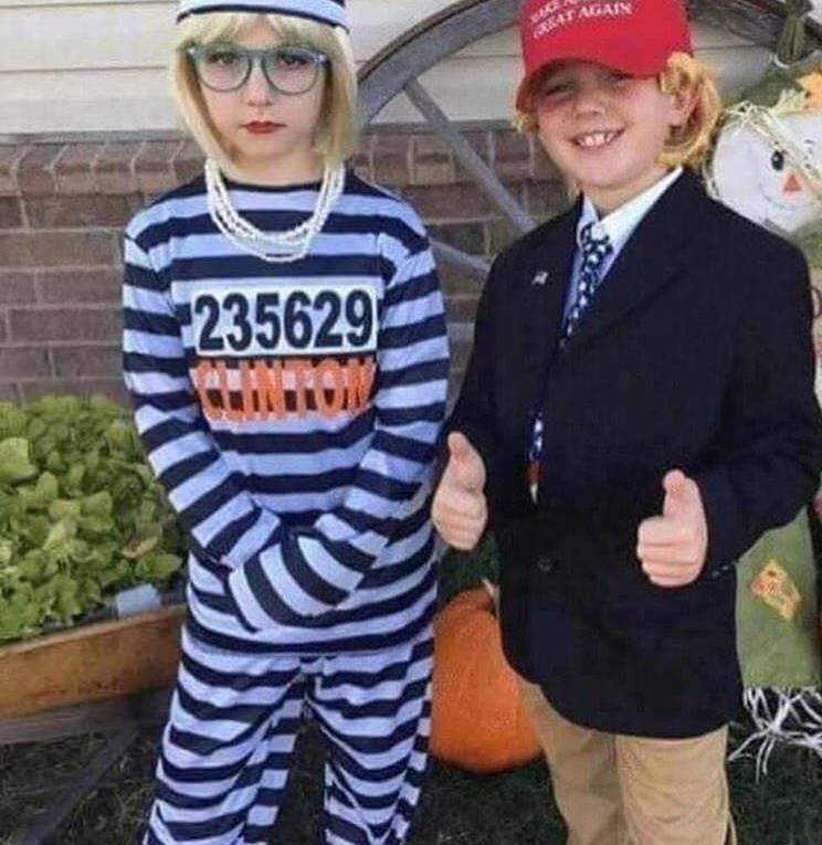 Twitter Hillary Donald Halloween costume