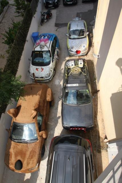 081 Hotel Carpark