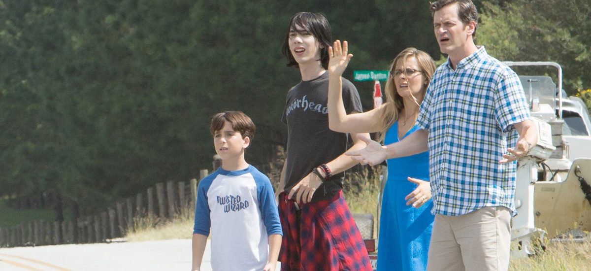 review diary of a wimpy kid the long haul gets stuck in the mud boom howdy