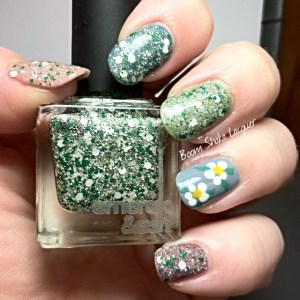 Deconstructed Daisy - LE Holo Edition