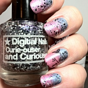 Holo gradient with Stamping and Digital Nails - Curie-ouser and Curiouser