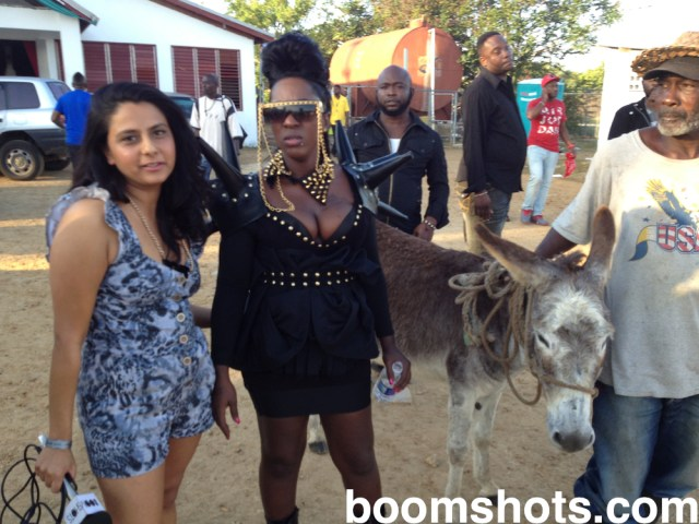 "WATCH THIS: Spice Says Donkey at Sting was Macka's ""Twin"""