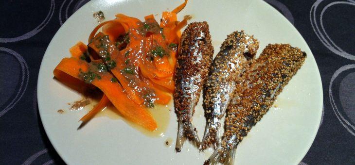 Sardines al sèsam amb amanida de pastanaga
