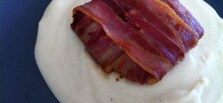 Ravioli de bacon amb cargols, favetes i crema de xirivia