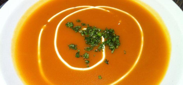 Crema de pastanaga caramelitzada, taronja i iogurt