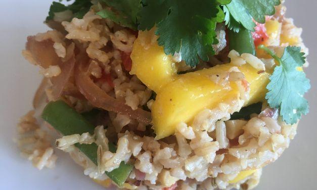 Arròs saltejat amb mango