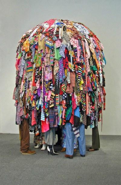 guerra de la paz artist sculpture