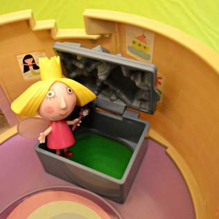 Ben and Holly Thistle Castle Playset - Secret Slide