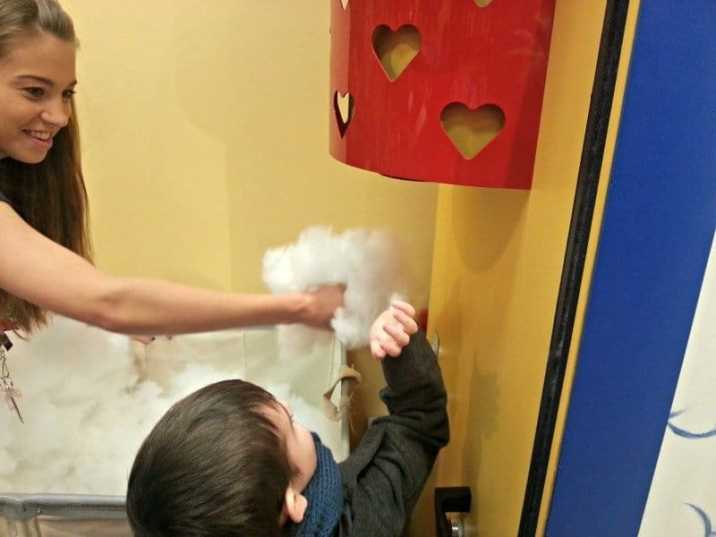 Build-A-Bear Workshop - Refilling the stuffing machine