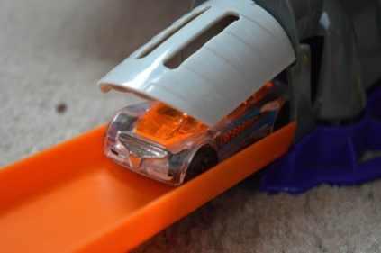 Hot Wheels Super Speed Blastway - Car starting position