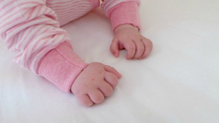 Sense Organics Striped Wrap-Growsuit - Piglet Hands