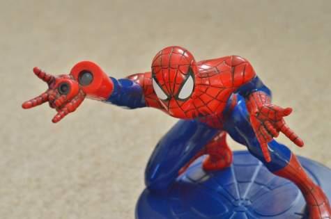megableu-spider-man-chase-rhino-game-spider-man-projector