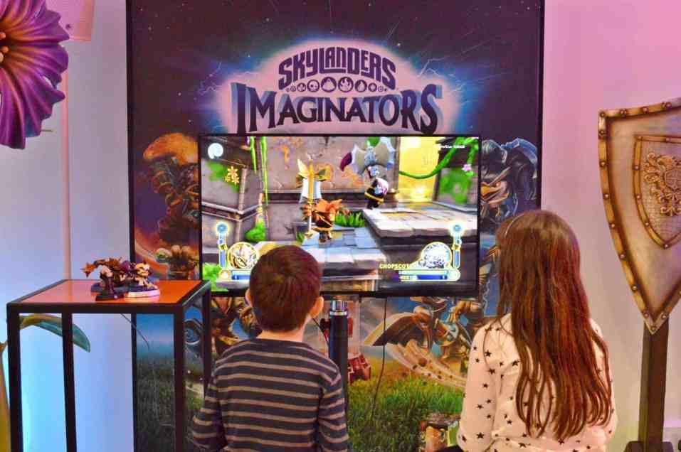 playstation-family-gaming-skylanders-imaginators-roo-and-tigger