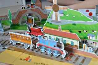 thomas-friends-thomas-big-pop-up-journey-thomas-and-annie