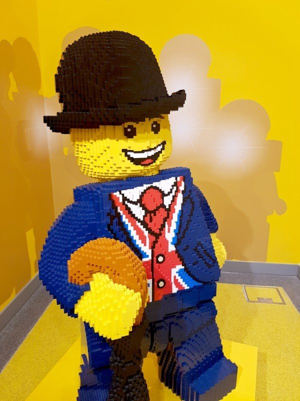 lego-store-leicester-square-lester