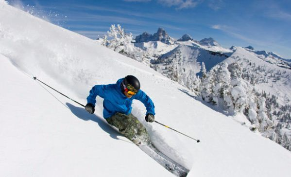 Heli Skiing: The Adventure You've Been Dreaming Of