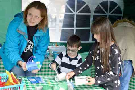 AVIVA Community Fund Norwich Puppet Theatre - Dragon Making (tissue paper)