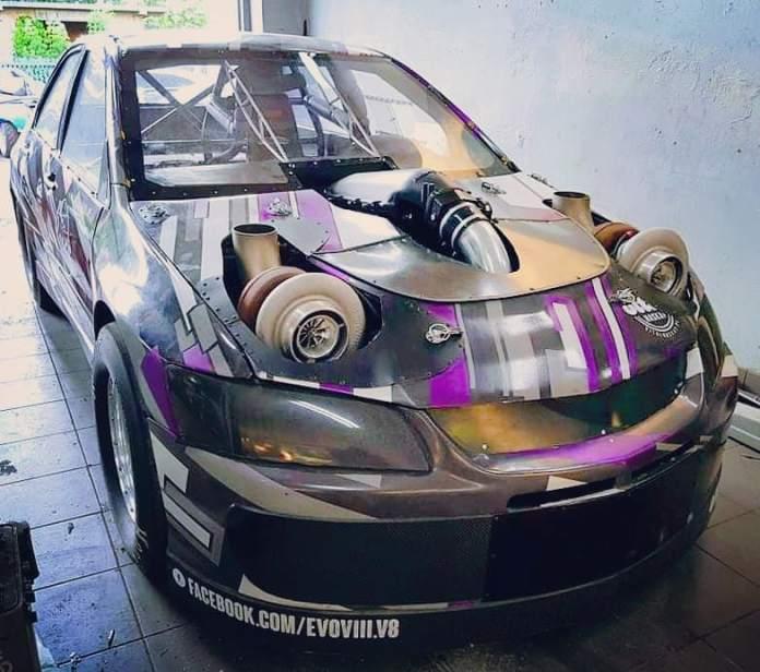 Przemysław Komars Mitsubishi Lancer er ikke bare en Evolution-model. Det er en sindssyg Evolution-model.