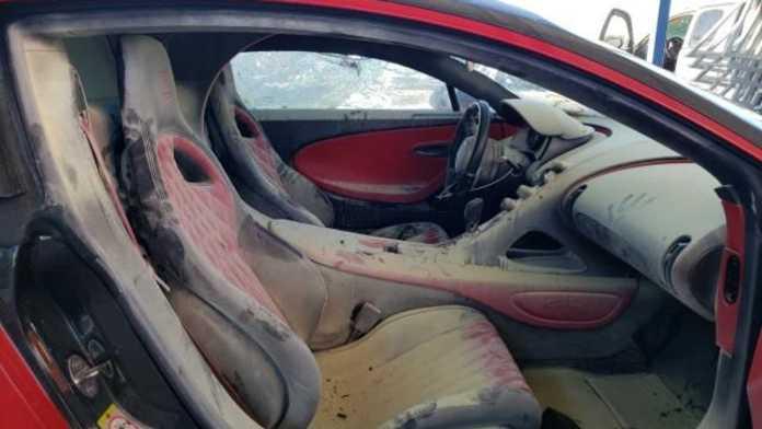 En temmelig brandskadet Bugatti Chiron skal på auktion i Florida, og selvom den er temmelig sørgelig at se på, forventes den at indbringe godt med dollars.
