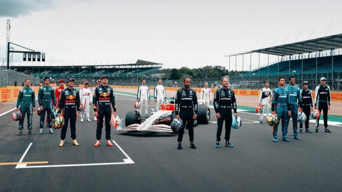 VAG-gruppen er klar til at gå ind i Formel 1. Beslutningen vedtages endeligt om en uge, skriver flere internationale medier.