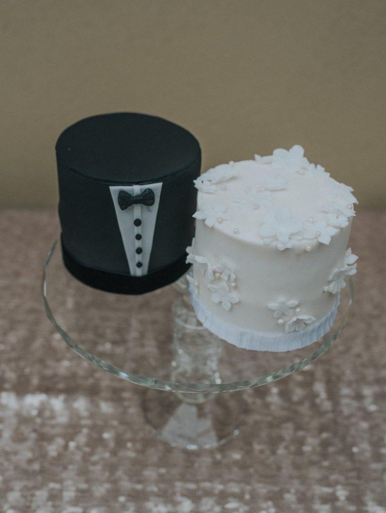 Mr and Mrs Mini Wedding Cake