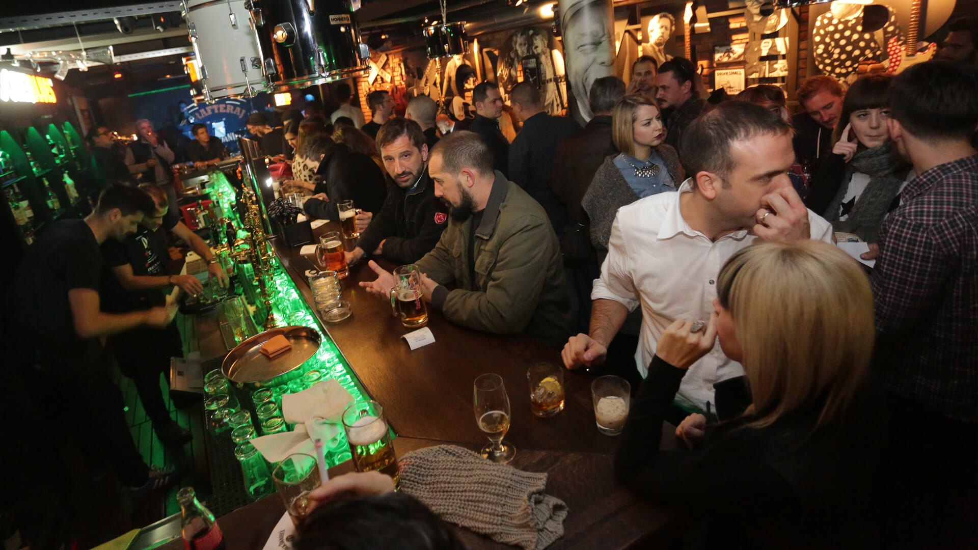 Hasil gambar untuk Booze n Blues Bar Zagreb, Kroasia