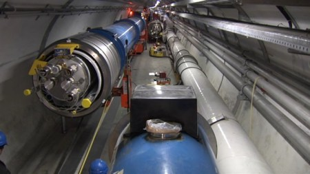 cern-movie-2009-020-posterframe-640x360-at-0-percent