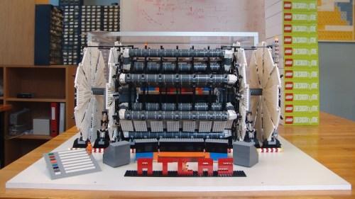 2011-11-10-10-22-24-ATLAS-model