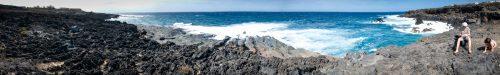 Punta Karusha spazzata dal Maestrale (Irene e Giulia nell'angolino destro raccolgono ossidiana e pomice, o forse solo pietra lavica)