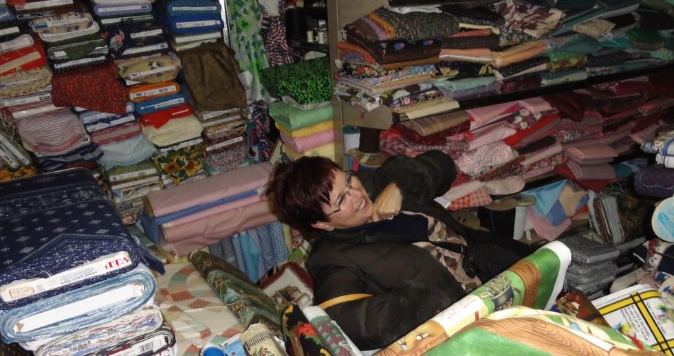 enterrada_por_telas_patchwork