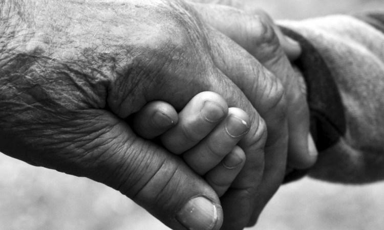 Ai nonni che ci sono a quelli che non ci sono più