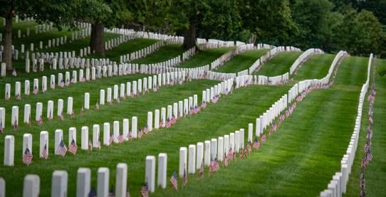Photo-courtesy-Arlington-Nat-Cem-Memorial-Day.jpg