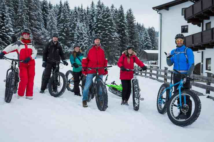 Fatbiking in Tirol, Austria, winter in Austria. Photo: ANTO/Chris Wisser
