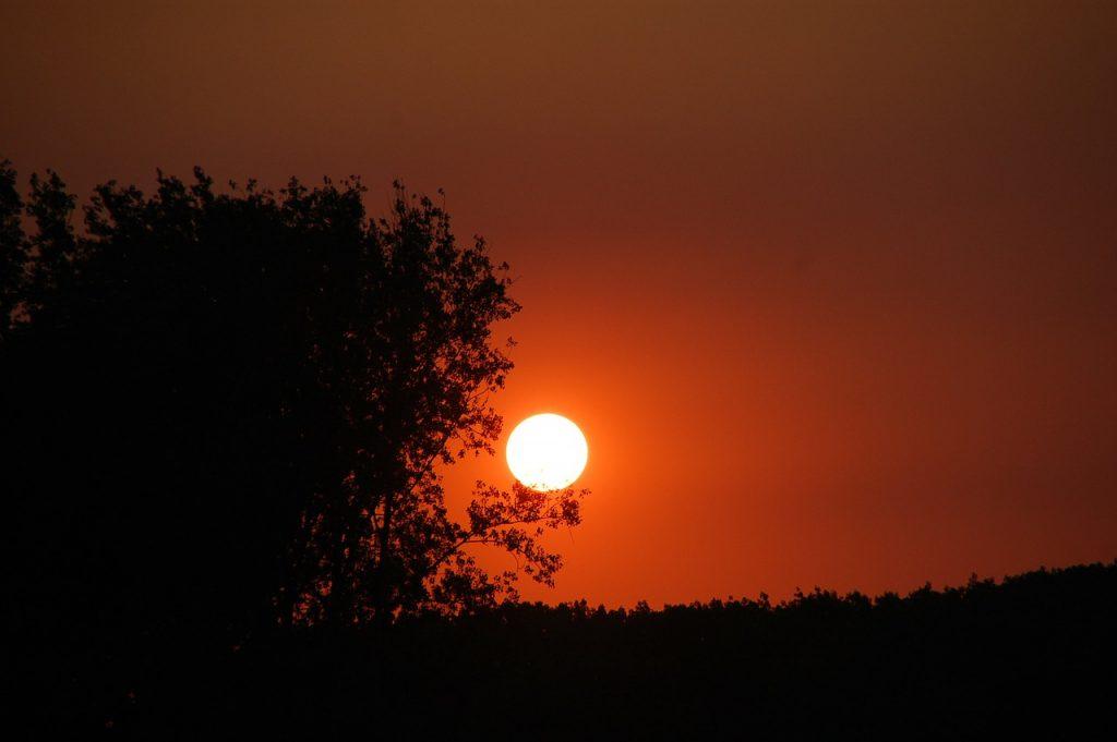 sunset-122864_1280