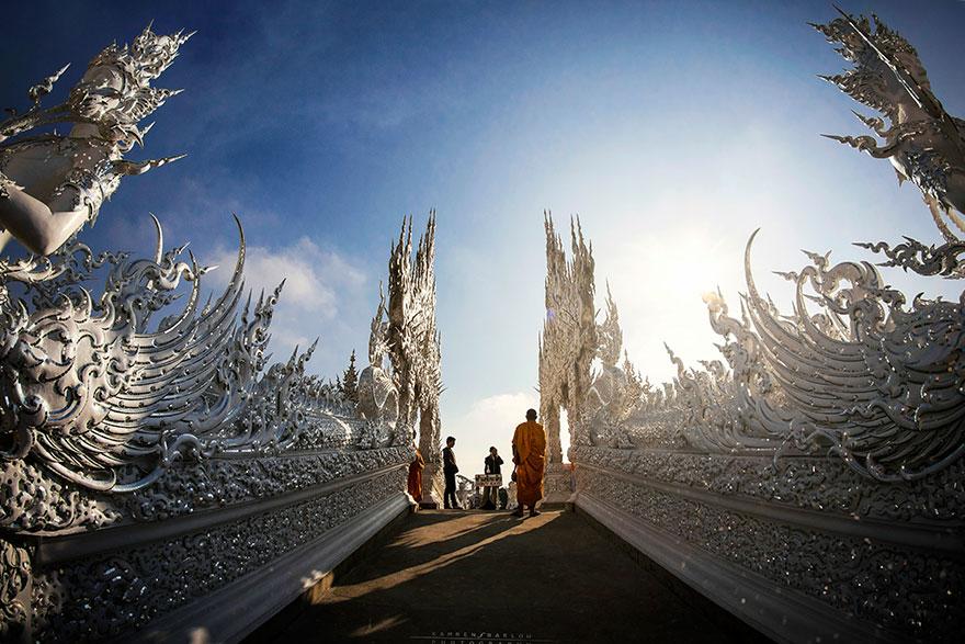 white-temple-thailand-10