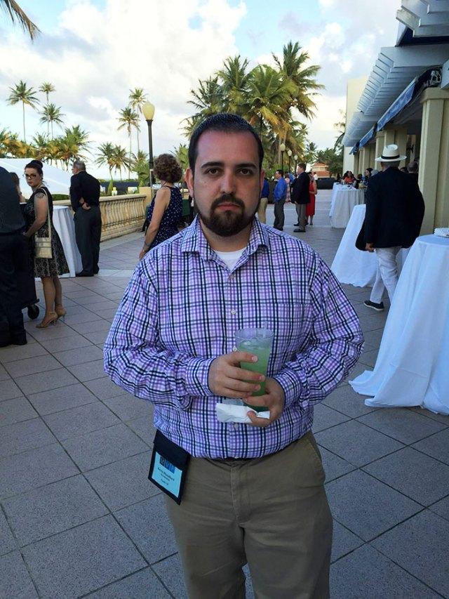 hombre-viaja-sin-esposa-no-tiene-diversion-en-puerto-rico (14)