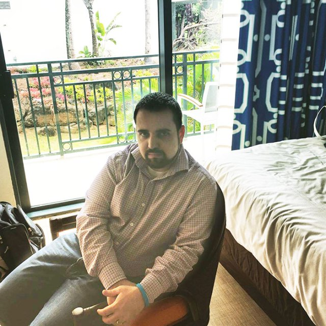 hombre-viaja-sin-esposa-no-tiene-diversion-en-puerto-rico (6)