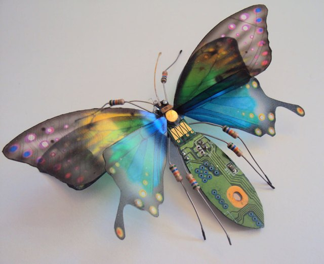 insectos-alados-componentes-electronicos-julie-alice-chappell (11)
