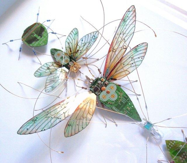 insectos-alados-componentes-electronicos-julie-alice-chappell (13)