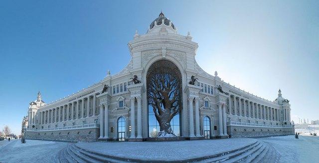 edificio-ministerio-agricultura-arbol-hierro-kazan-rusia (2)
