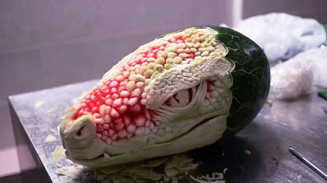 dragon-tallado-sandia-valeriano-fatica (5)